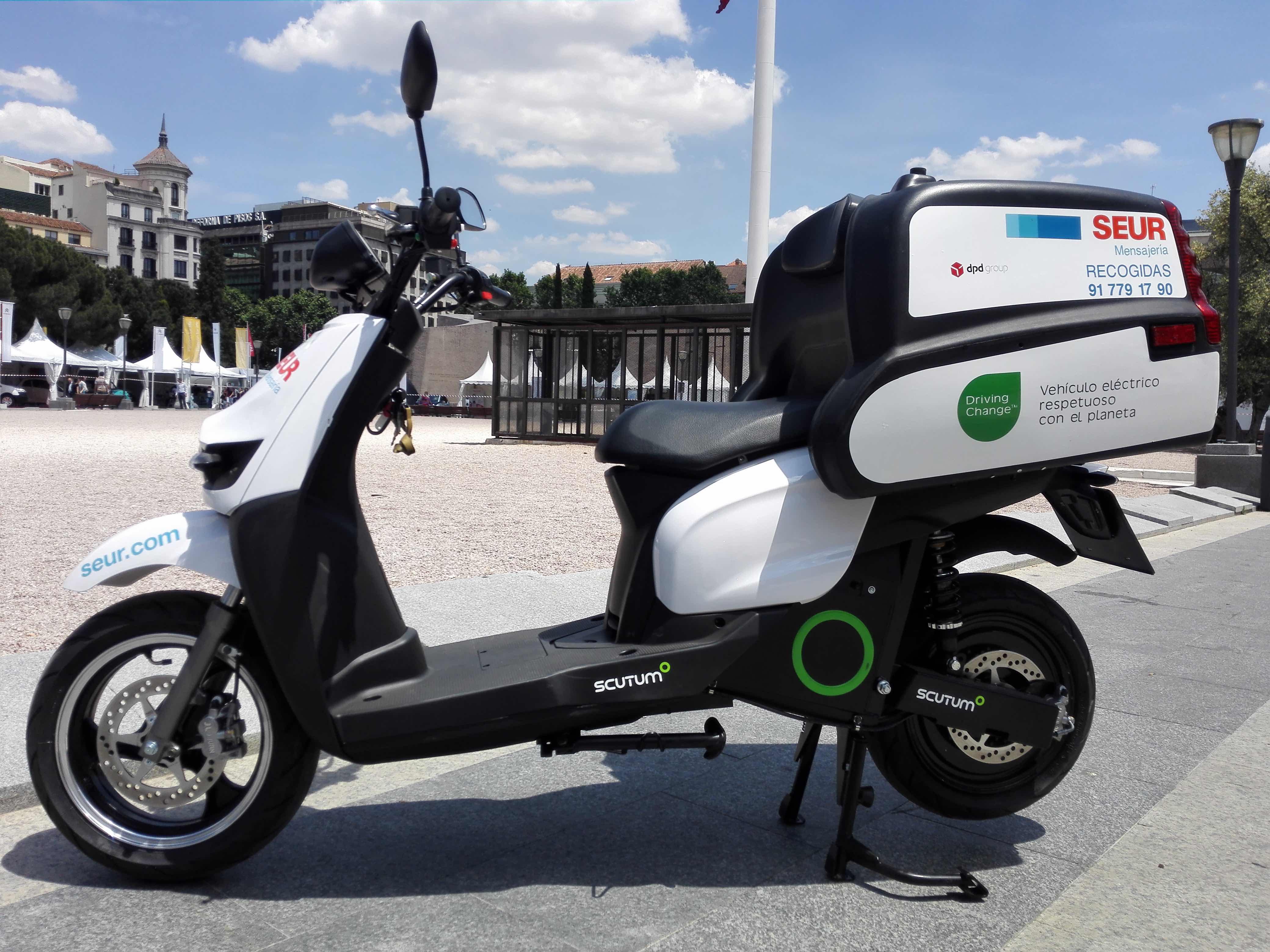 SEUR apuesta por la movilidad sostenible de la mano de Transportes Autónomos por Carretera y Scutum