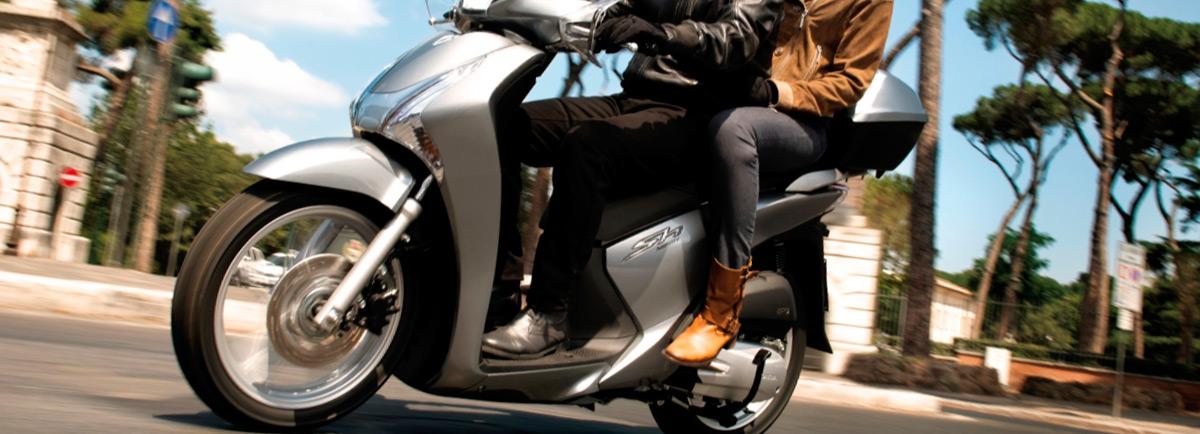 Madrid impulsa a los conductores de motos antiguas a renovar su vehículo