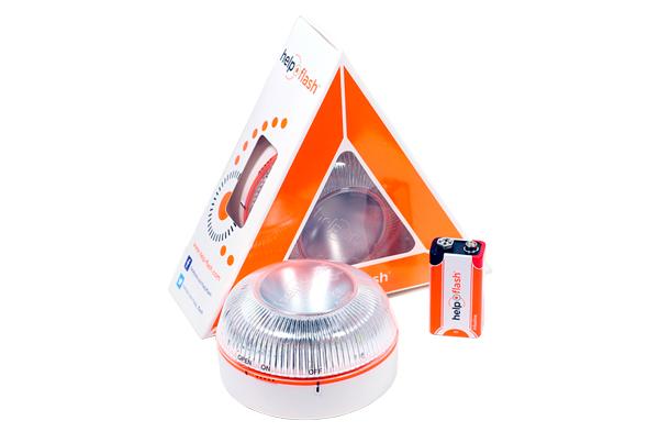 Help Flash es un dispositivo de señalización luminoso, que advierte de una emergencia en carretera sin tener que salir del vehículo